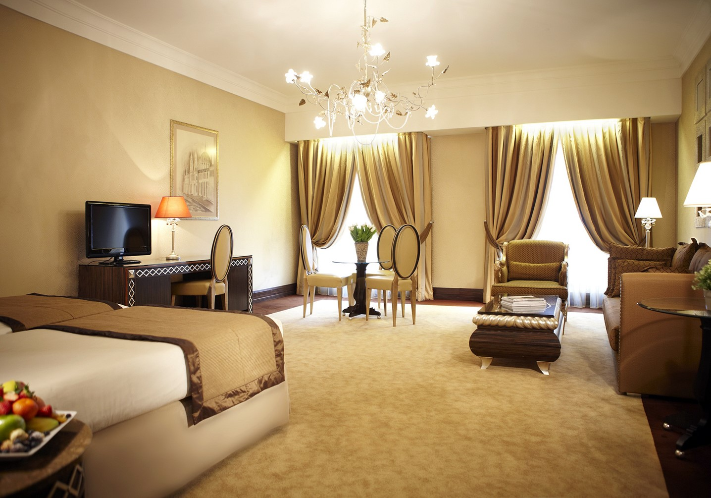 budapest chat rooms Book budapest accommodation in one room find budapest apartment for one person don't stay in hotel room but choose a private room.