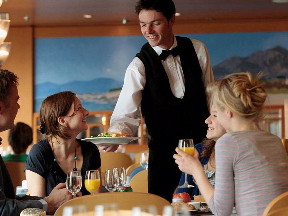 forum waiter waitress hourly question